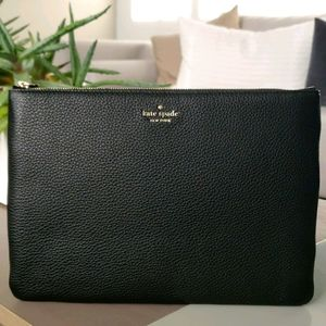 ♠️Kate Spade large zip pouch black